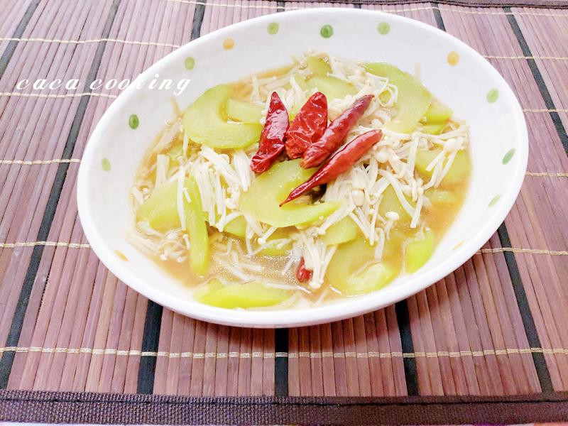 清炒大黃瓜金針菇