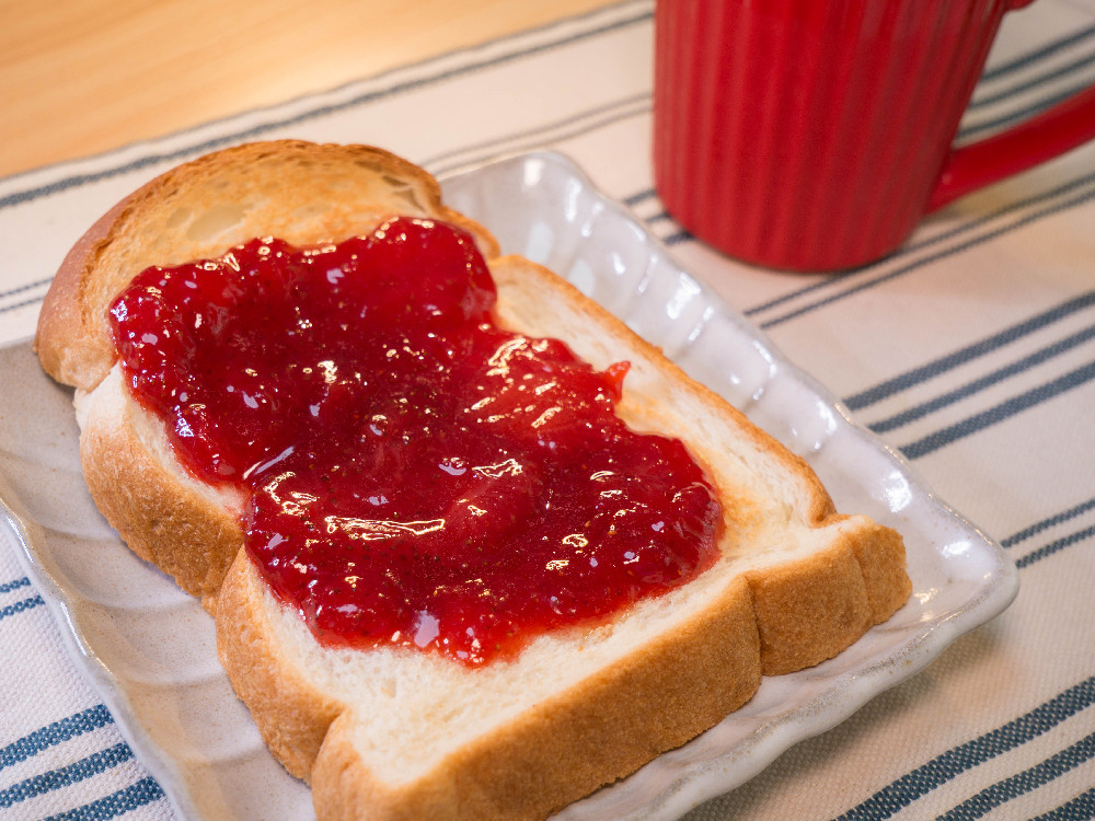 【昨日的美食】自製草莓果醬