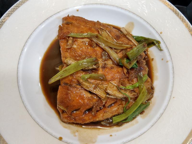 醬油燒鮭魚