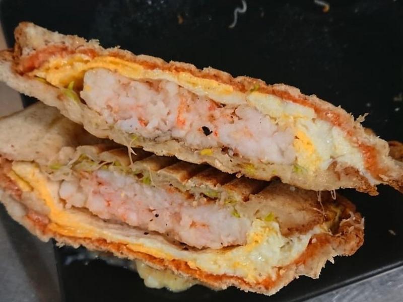 低脂高蛋白熱壓冷蝦吐司🙂