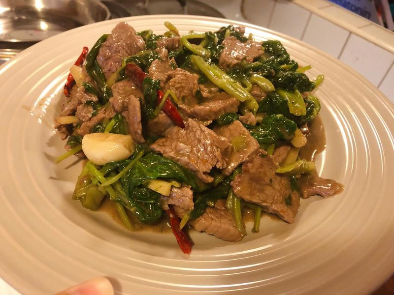 沙茶牛肉炒空心菜