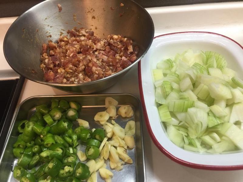 便當菜/糯米椒洋蔥炒肉末
