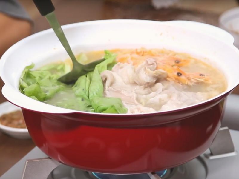 中式酸菜白肉鍋
