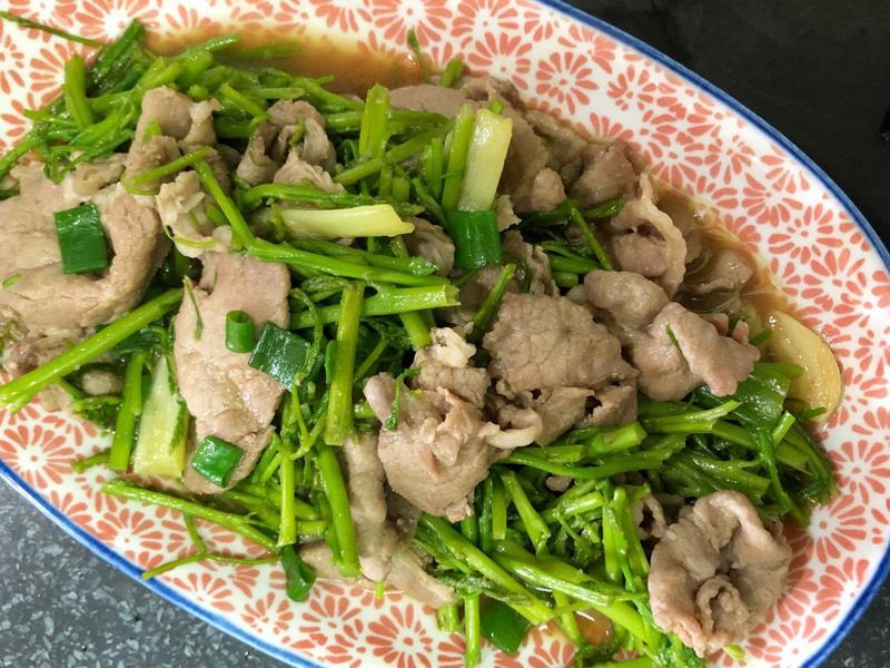 蔥爆蘆筍豬肉片