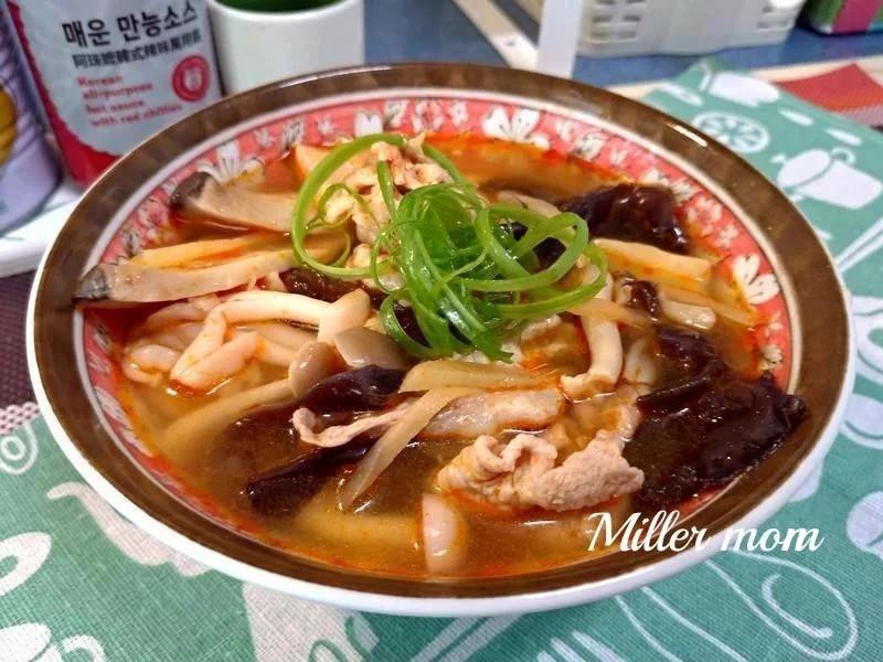 韓式辣拌珍菇豬肉鍋【好菇道營養料理】