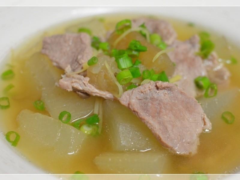 傳統美味的鹹冬瓜燒豬肉
