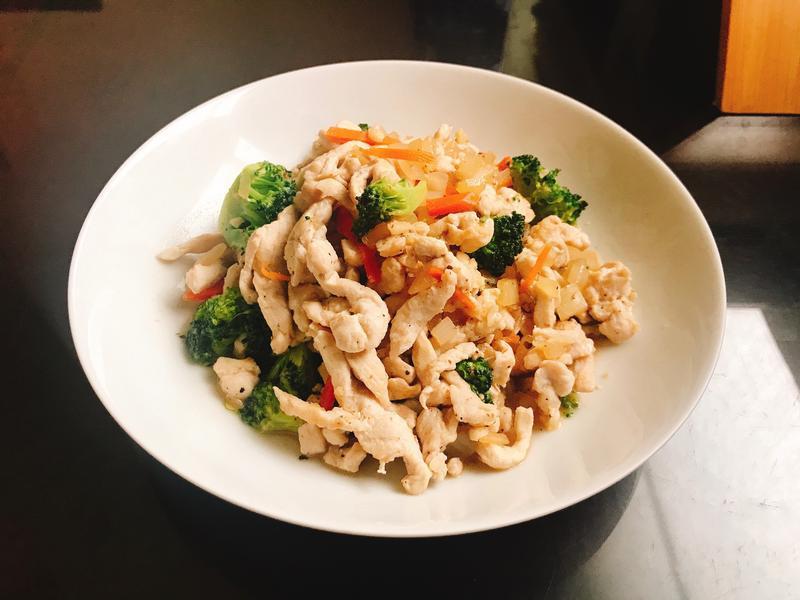 彩蔬炒雞肉絲(減脂料理)