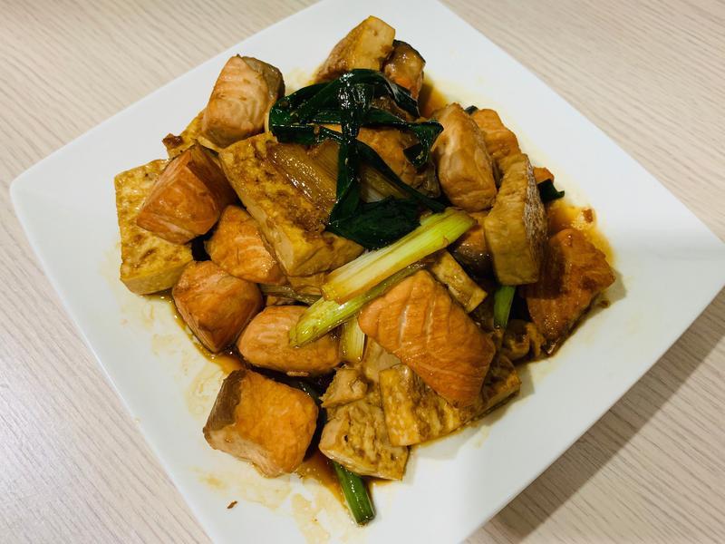 醬燒鮭魚豆腐