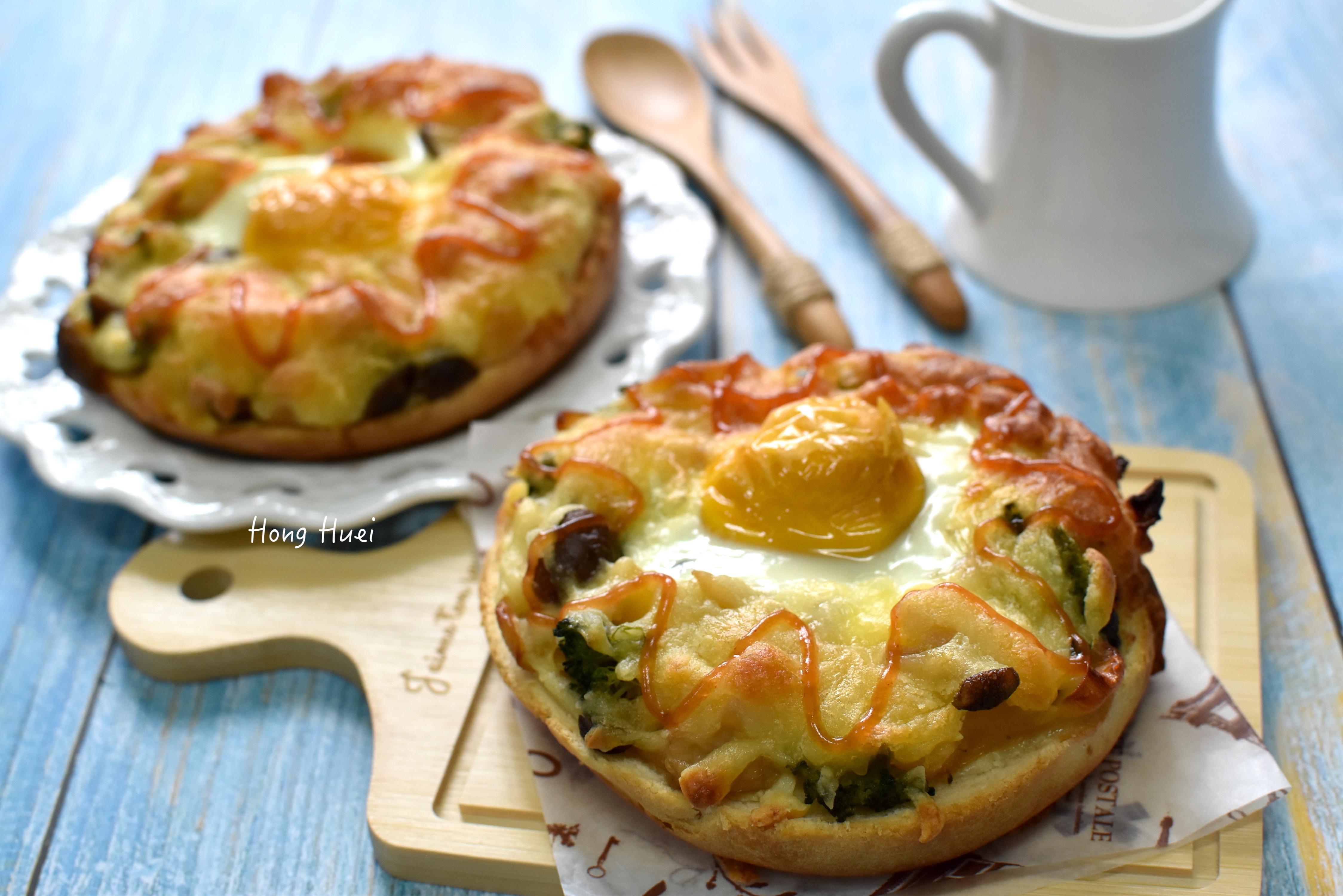 鳳梨菇菇太陽蛋焗貝果【好菇道營養料理】