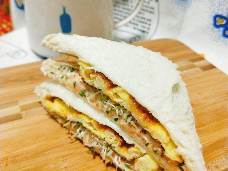 龍蝦沙拉三明治