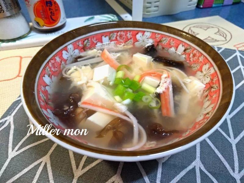 日式蟳味紫菜豆腐湯