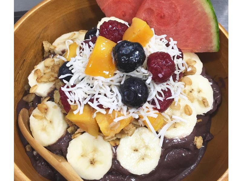夏日西瓜巴西莓果碗
