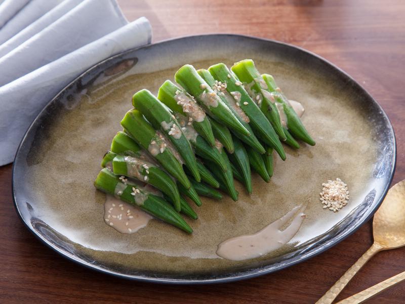 低醣料理 {蔬菜} 秋葵佐花生芝麻醬