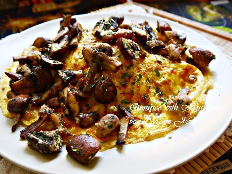 蘑菇蛋包飯