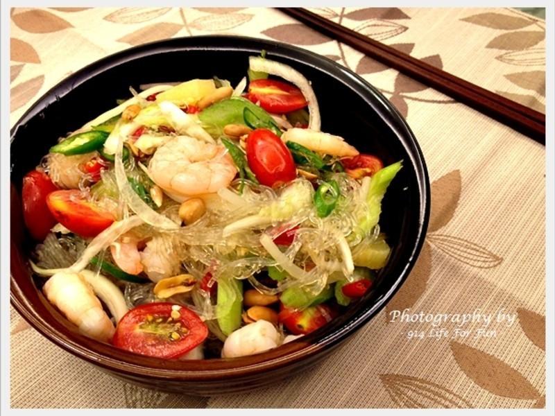 泰式冬粉沙拉 。Thai Bean Noodle Salad