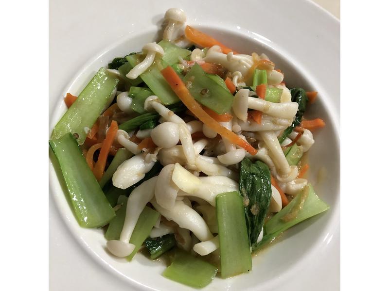 干貝醬炒雪菇