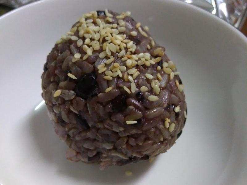 紫米菇菇飯糰【好菇道營養料理】