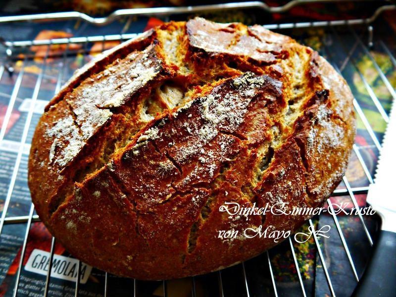 脆皮斯佩爾特小麥與艾美兒小麥麵包