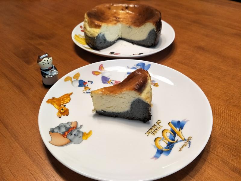 黑芝麻重乳酪蛋糕