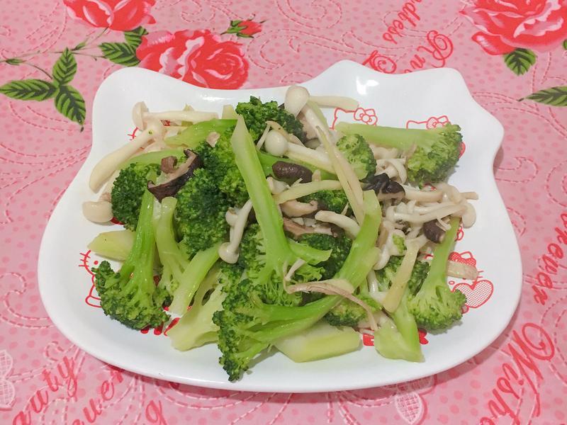 清炒菇菇花椰菜(素)