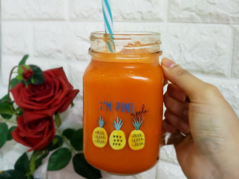 胡蘿蔔汁(甘筍)(120kcal )
