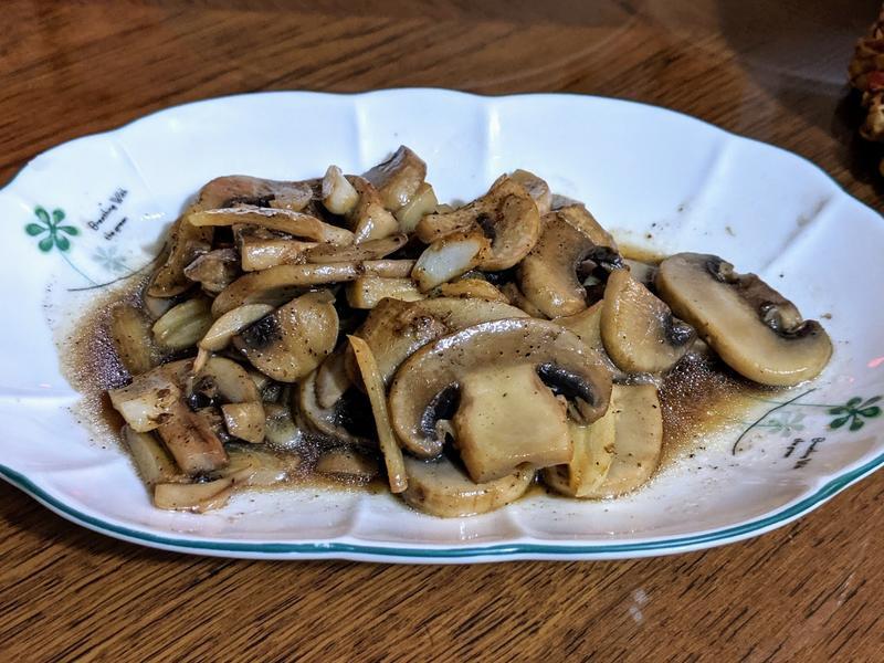 蒜炒黑胡椒蘑菇-成功