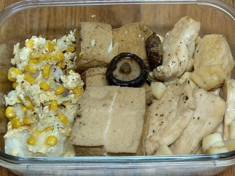 玉米炒蛋+炒竹筍雞胸肉