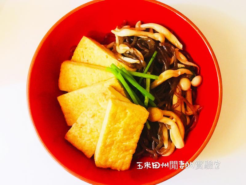 低卡蒟蒻麵菇菇豆腐