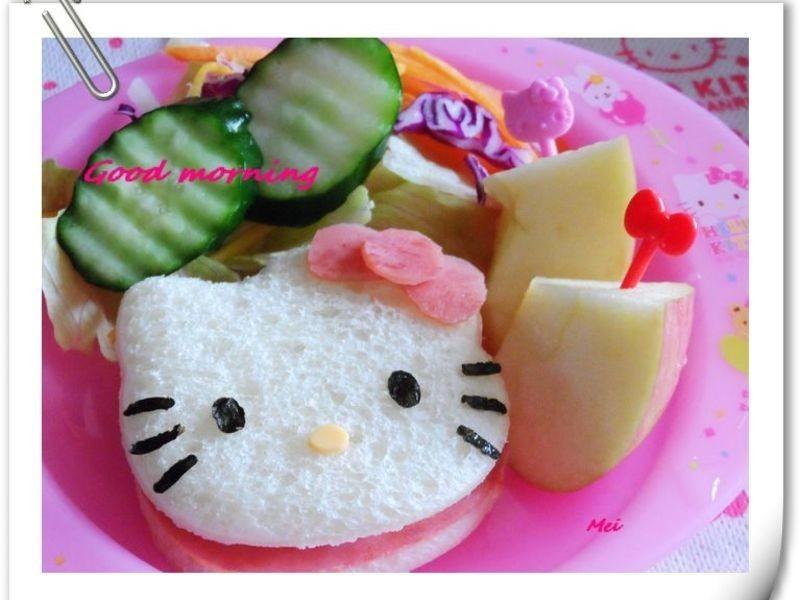 【親子食堂】Hello Kitty三明治早餐