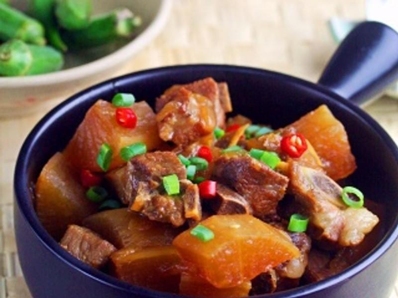 《好菜網》蘿蔔香燜豬小排