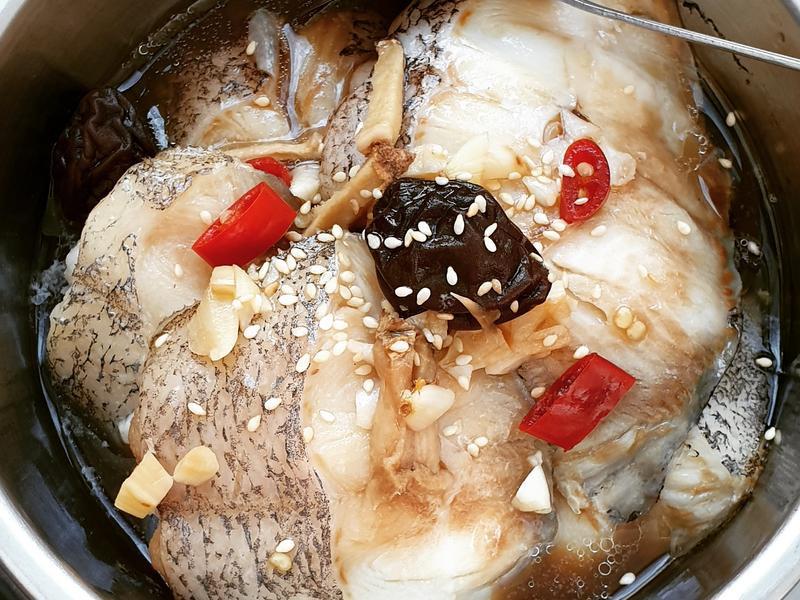 壽喜燒紫蘇梅蒸鱈魚尾日式風味