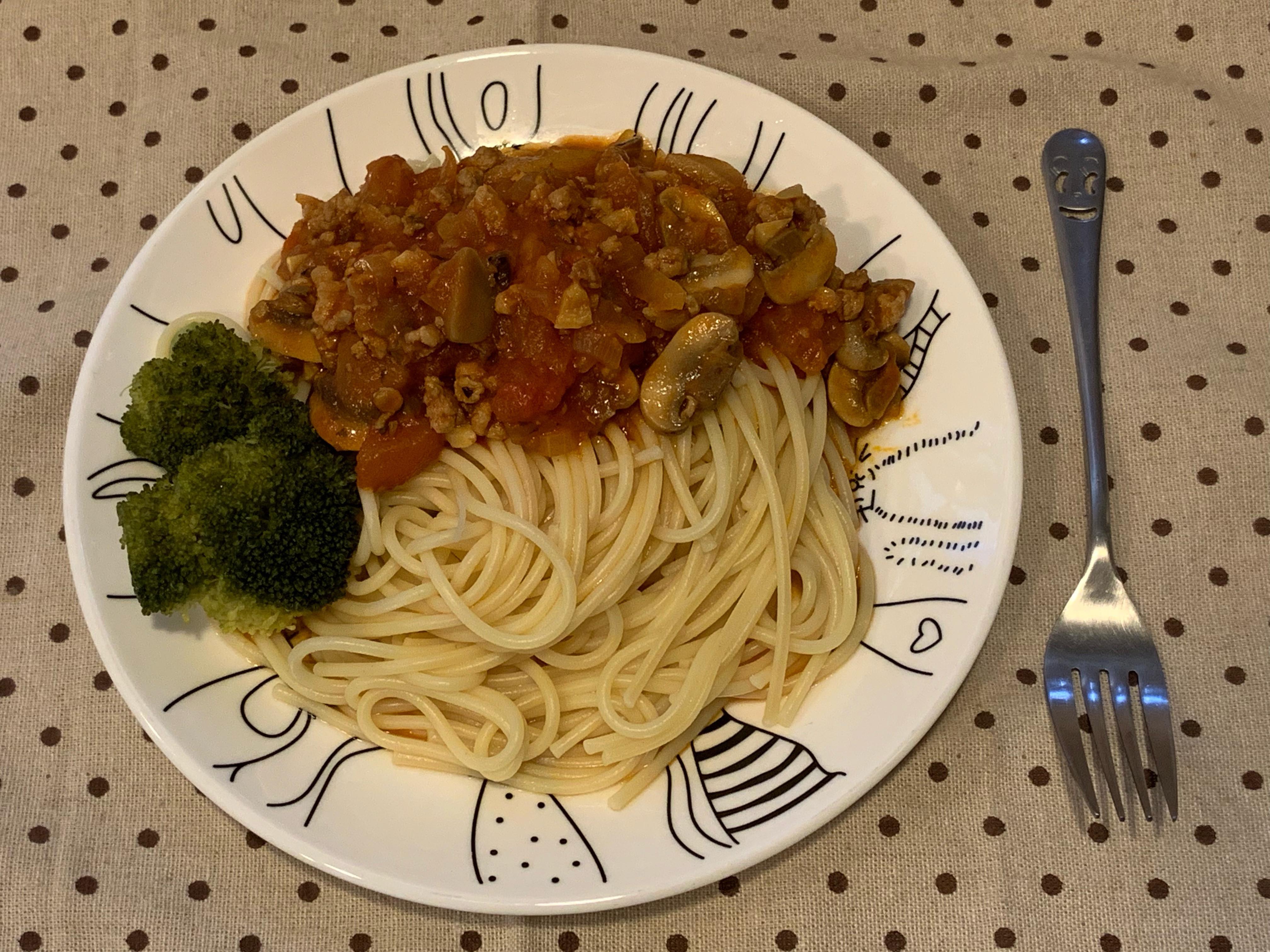 蕃茄蘑菇肉醬義大利麵🍝