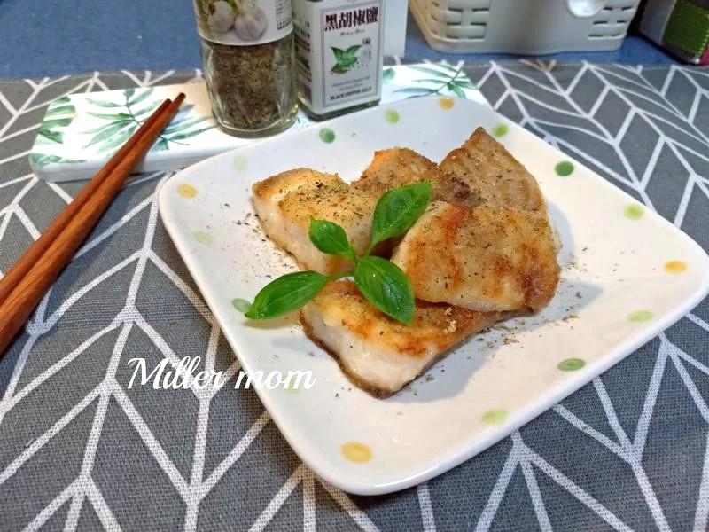 椒鹽香煎鯛魚排