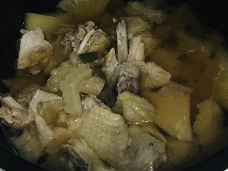 鳳梨苦瓜雞湯(小米電子鍋版)