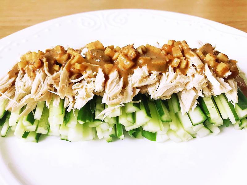 涼拌芝麻醬雞絲小黃瓜(快速/簡易)
