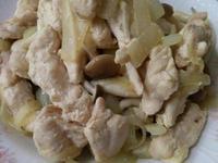 洋蔥炒菇菇雞柳【好菇道營養料理】