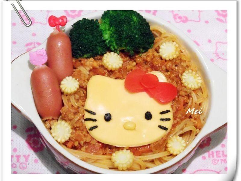 【親子食堂】Hello Kitty義大利肉醬麵麵