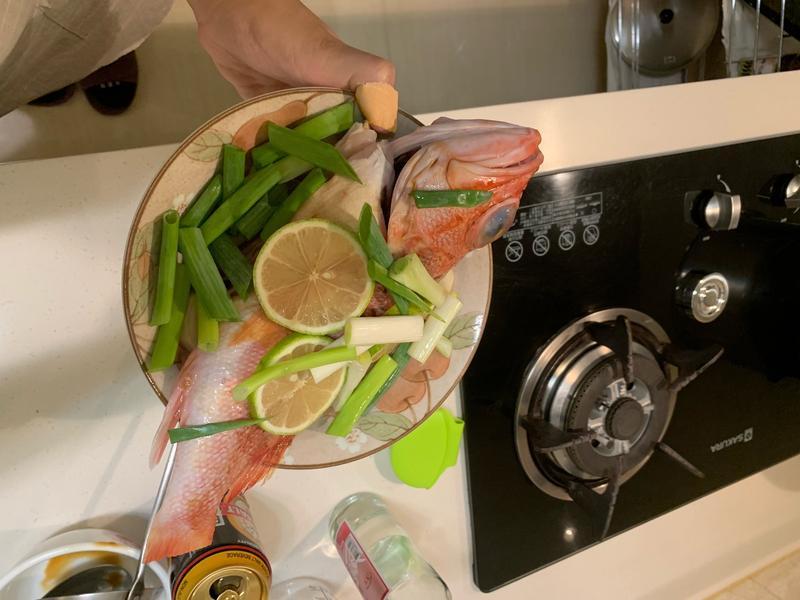 新鮮檸檬🍋清蒸魚🐟(大同電鍋版)