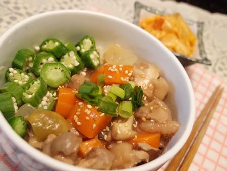 雞肉鮮菇照燒親子丼