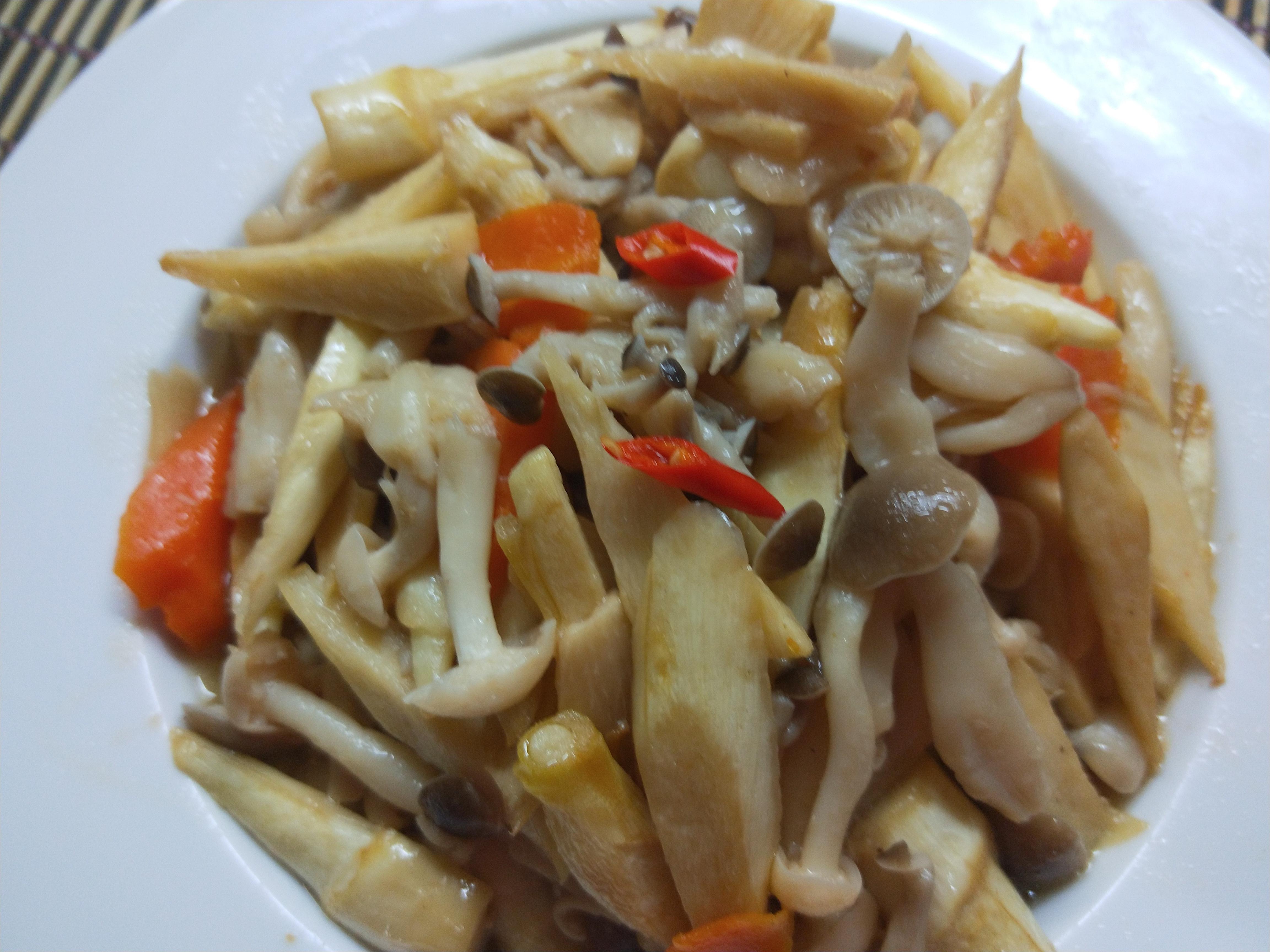 醬燒筊白筍炒雙菇【好菇道營養料理】