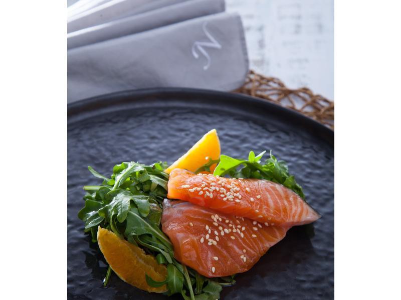 低醣料理 <沙拉> 涼拌香橙鮭魚沙拉
