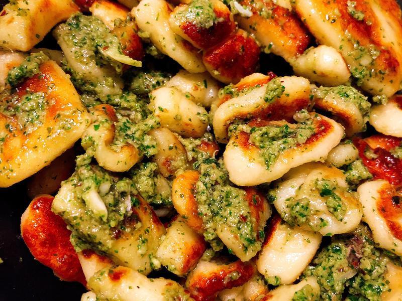 青醬馬鈴薯疙瘩Gnocchi Pasta