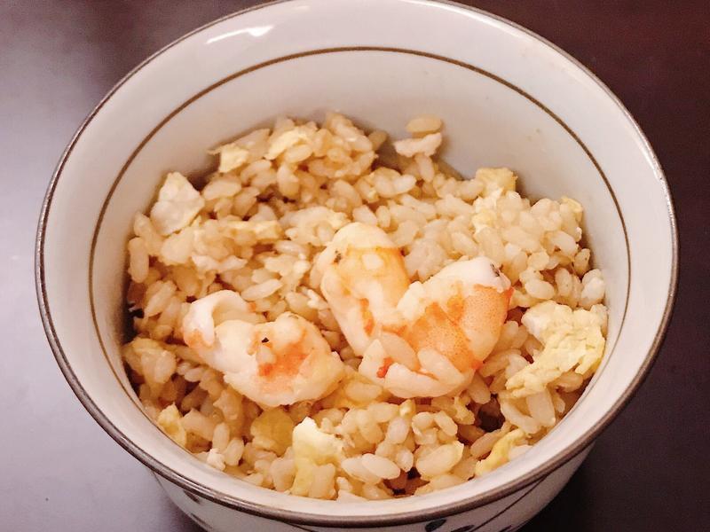 超簡單蝦仁炒飯