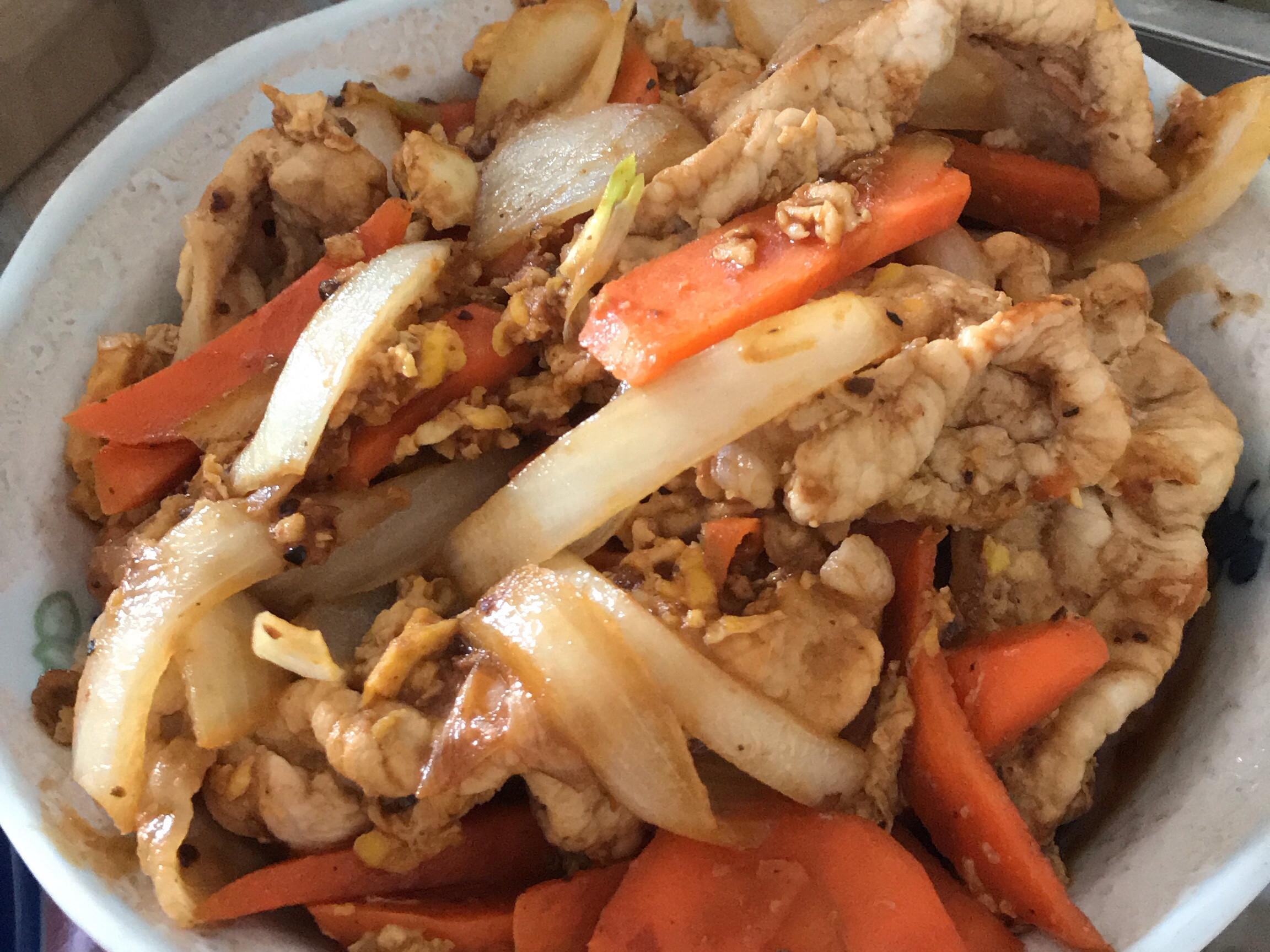 黑胡椒洋蔥肉片