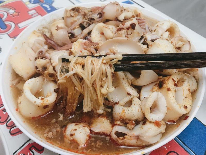 蒜容辣椒蒸魷魚