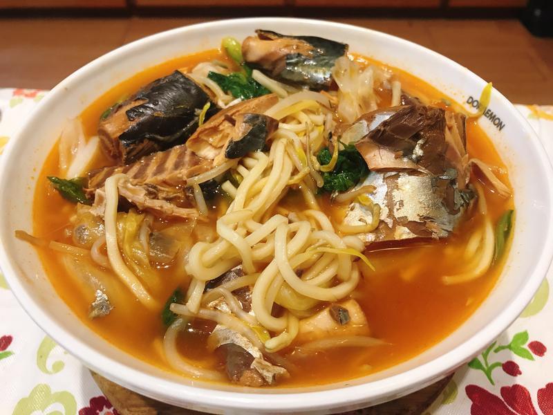 蕃茄鯖魚湯麵