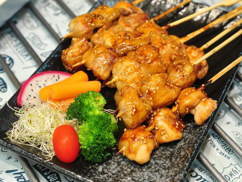 烤箱-烤雞腿肉串