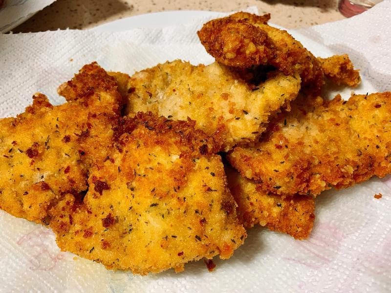 脆皮蒜香帕瑪森雞排
