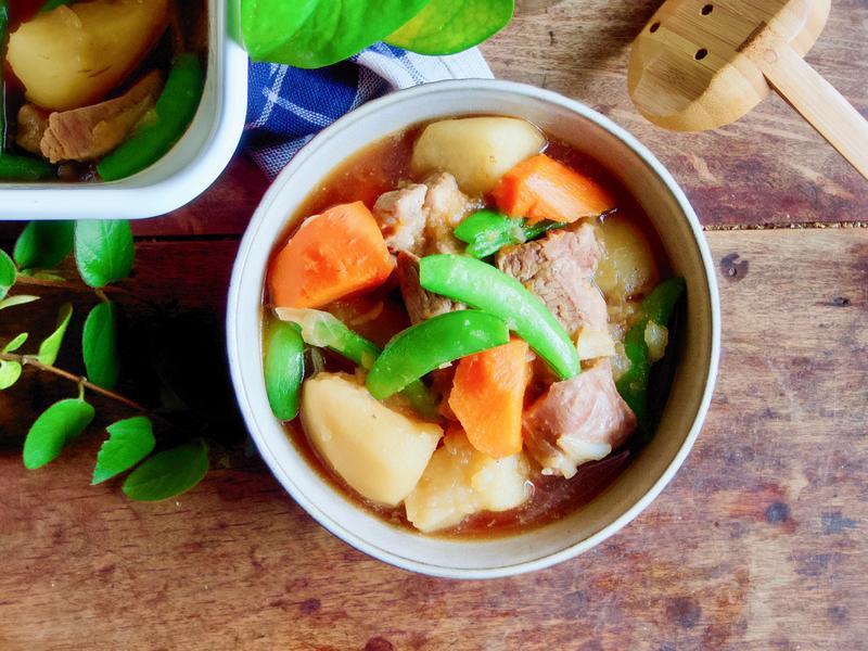 馬鈴薯燉肉 【家常料理】