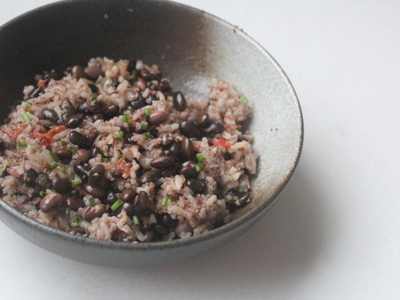 黑豆藜麥飯